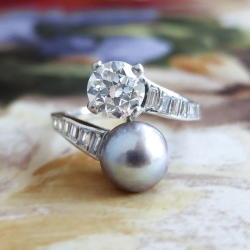 Vintage Pearl Ring 1930's Old European Cut Diamond Grey Pearl Bypass Toi Et Moi Engagement Crossover Ring Platinum