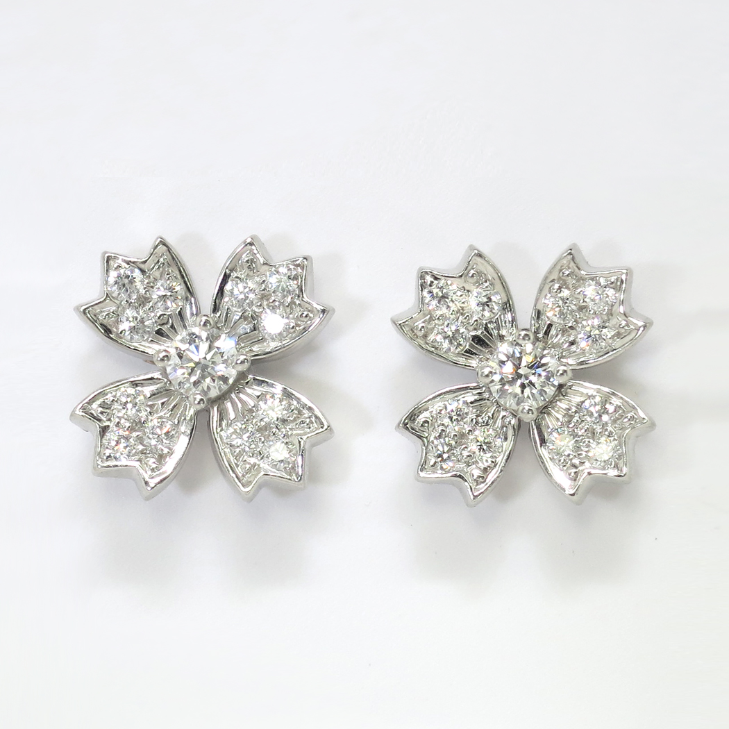 Estate Tiffany Co 70ct T W Diamond Floret Snowflake