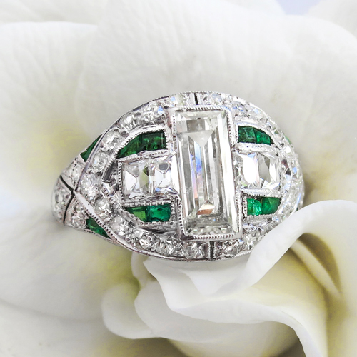 Art Deco Emerald Mixed Cut Diamond and Emerald Ring Platinum