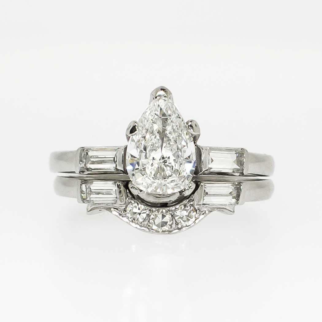 Beautiful 1960 s 1 03ct t w Pear Diamond Engagement Ring Set Platinum